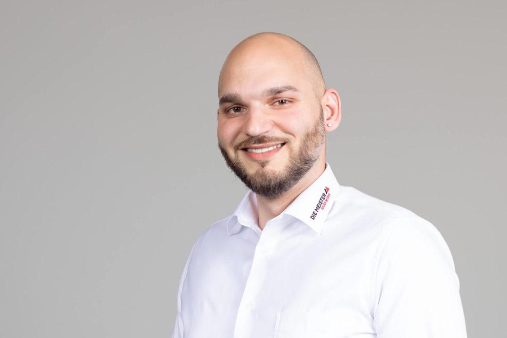Mitarbeiter Sascha Stanculovic